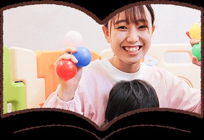 福岡県久留米市国分幼稚園で働く先生の写真6